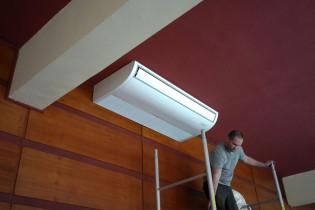 Podstropné prevedenie klimatizačnej jednotky